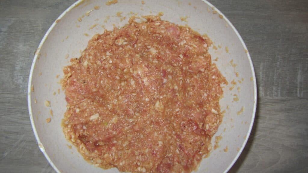 Фото рецепта - Котлеты с мясным фаршем и капустой - шаг 3