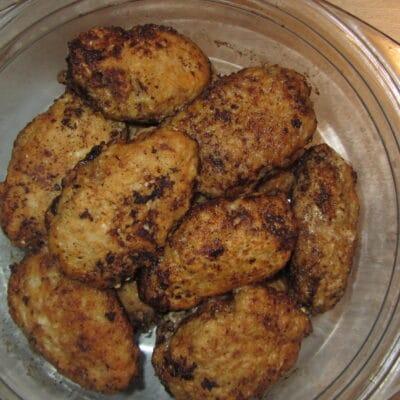 Фото рецепта - Котлеты с мясным фаршем и капустой - шаг 5