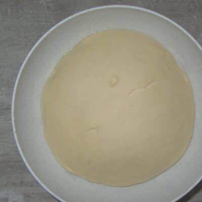 Фото рецепта - Пампушки с чесноком и укропом - шаг 2