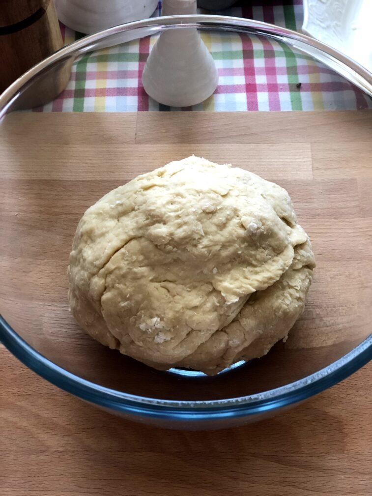 Фото рецепта - Лоранский пирог с индейкой и вешенками - шаг 5