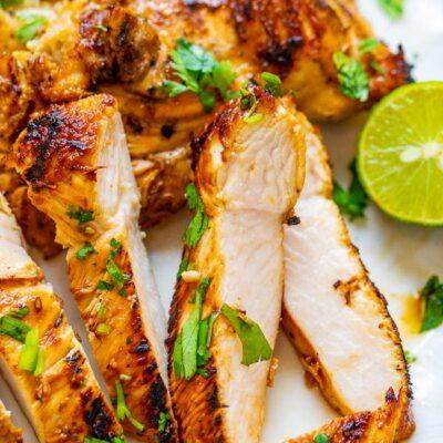 Куриные грудки, жаренные на сковороде-гриль - рецепт с фото