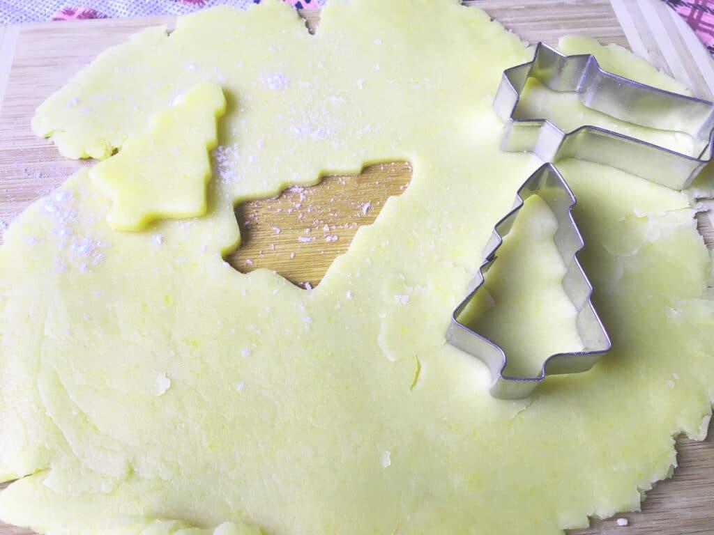 Фото рецепта - Песочное тесто для печенья - шаг 6