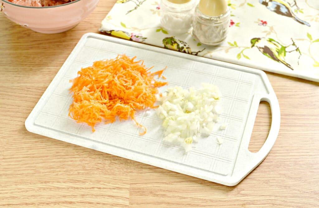 Фото рецепта - Мясная начинка для пирожков - шаг 1