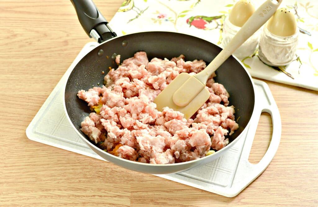 Фото рецепта - Мясная начинка для пирожков - шаг 3