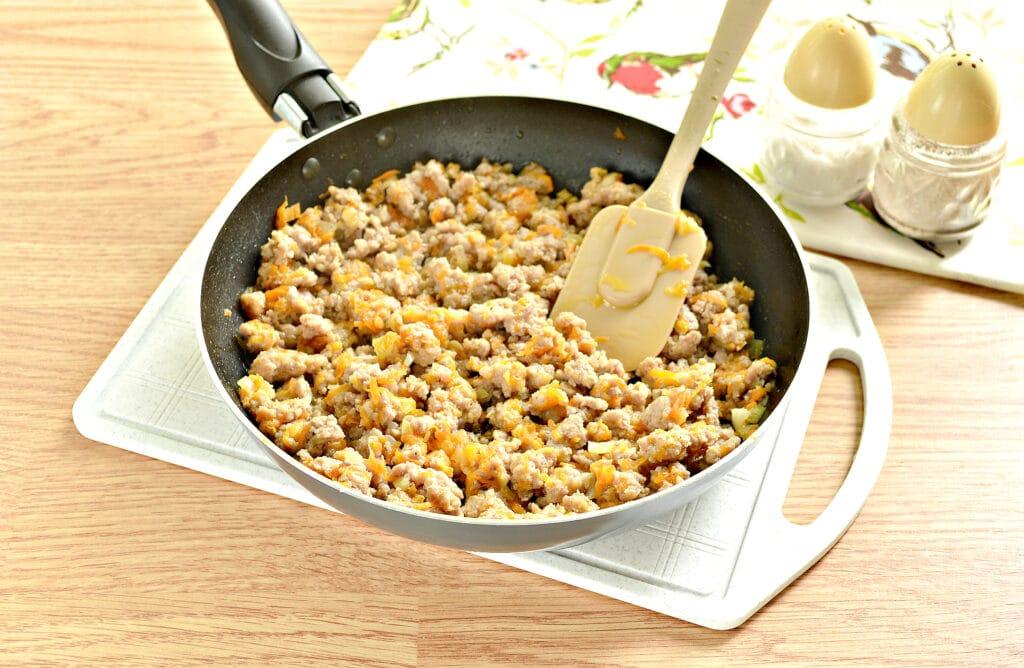 Фото рецепта - Мясная начинка для пирожков - шаг 4