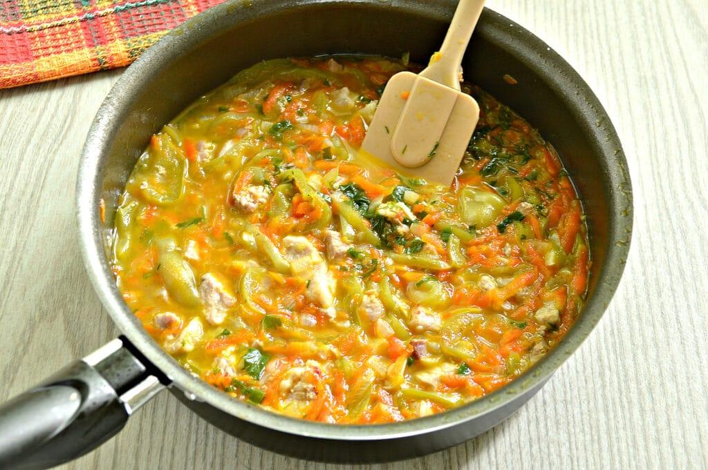 Фото рецепта - Мясная подлива с болгарским перцем - шаг 6
