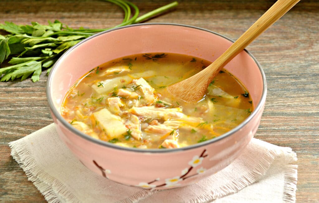 Фото рецепта - Гречневый суп с индейкой - шаг 6