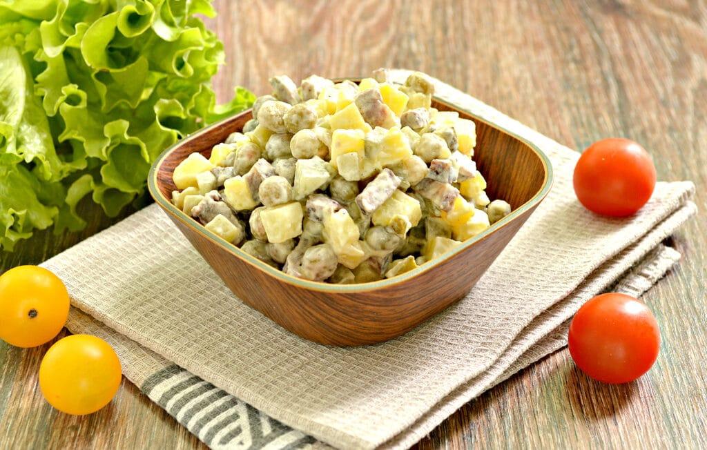 Фото рецепта - Салат с говядиной и зеленым горошком - шаг 6