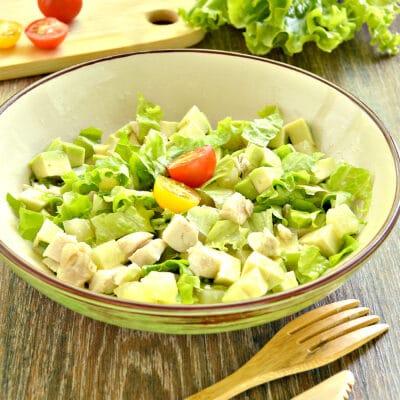 Куриный салат с ананасом и авокадо - рецепт с фото