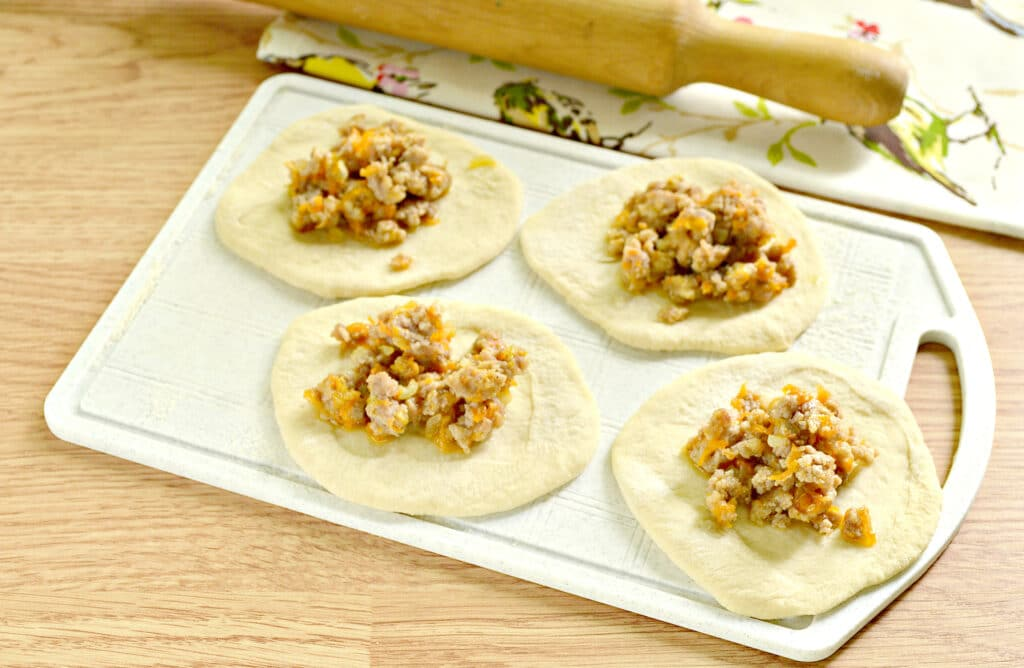 Фото рецепта - Мясная начинка для пирожков - шаг 7