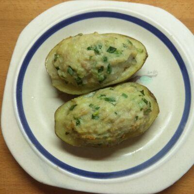 Фото рецепта - Картофель, фаршированный фаршем и сыром - шаг 6