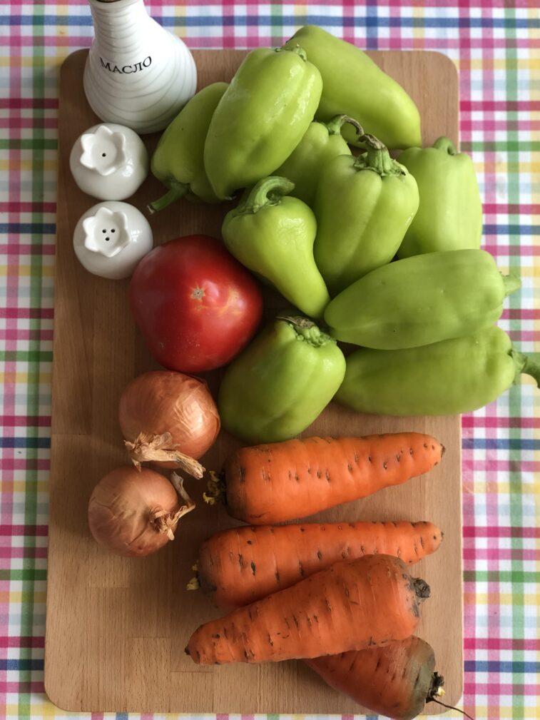 Фото рецепта - Перцы фаршированные овощами - шаг 1