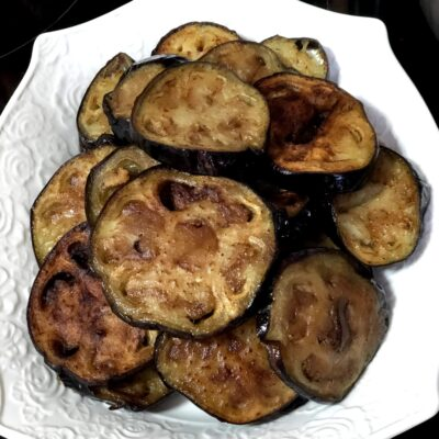 Фото рецепта - Соте из баклажанов, перца и томатов - шаг 3
