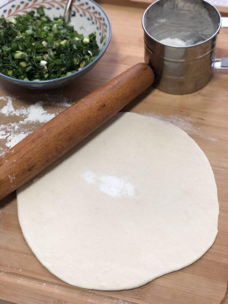 Фото рецепта - Луковые лепешки - шаг 3