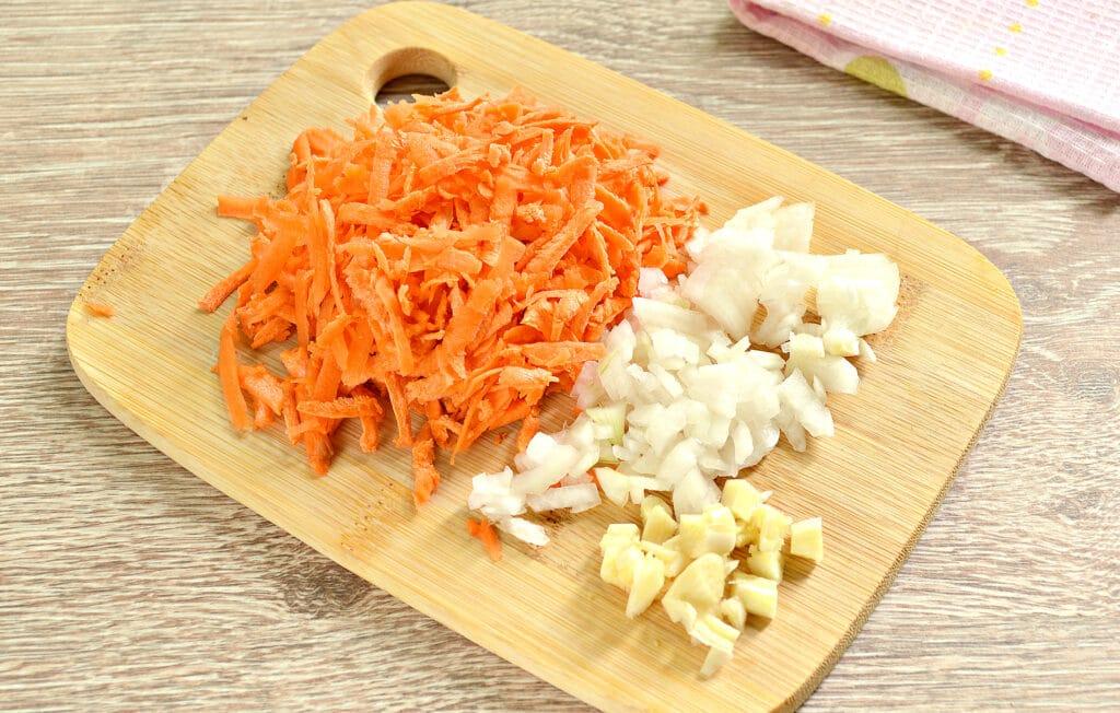 Фото рецепта - Свинина с капустой в мультиварке - шаг 2