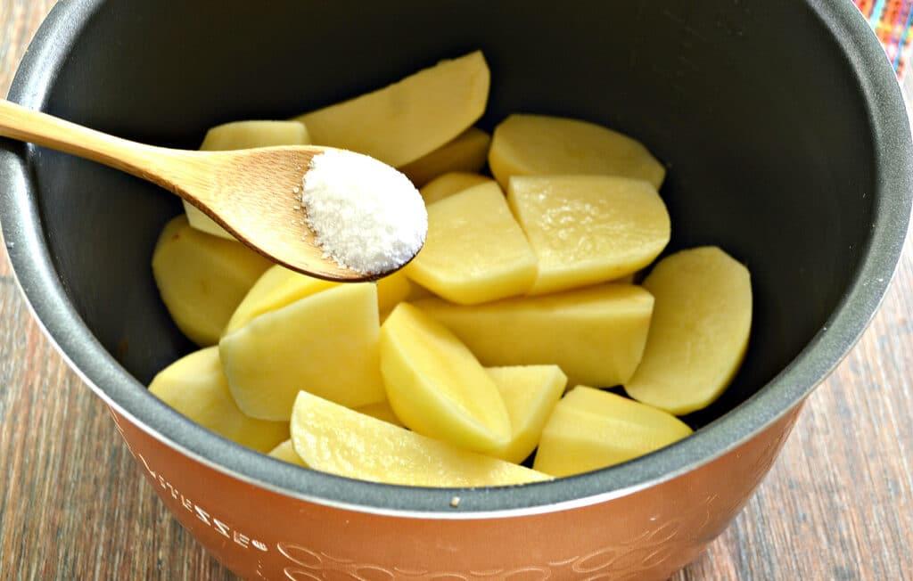 Фото рецепта - Картофельное пюре в мультиварке - шаг 3