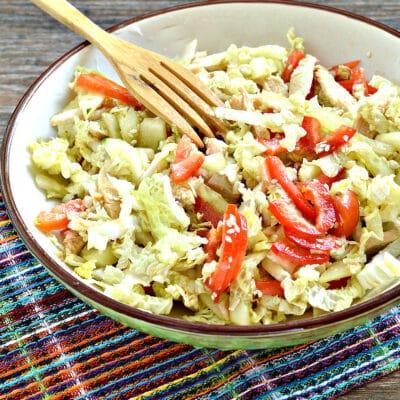 Салат из пекинской капусты с курицей и помидорами - рецепт с фото