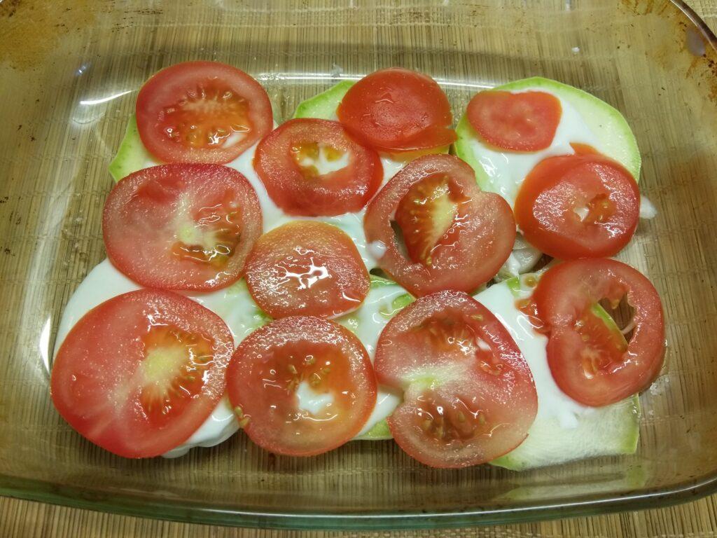 Фото рецепта - Хек, запеченный с овощами - шаг 4
