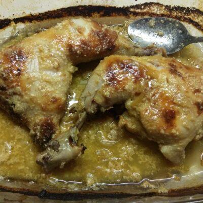 Фото рецепта - Куриный окорочок, маринованная в кефирно-чесночном соусе - шаг 5