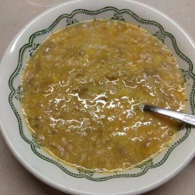 Фото рецепта - Омлет с куриным фаршем, помидорами и острым перцем - шаг 2