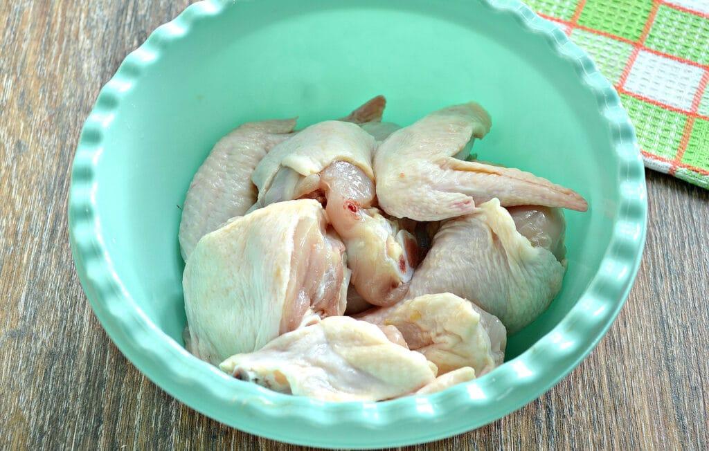 Фото рецепта - Курица в медовом чесночном маринаде в духовке - шаг 1