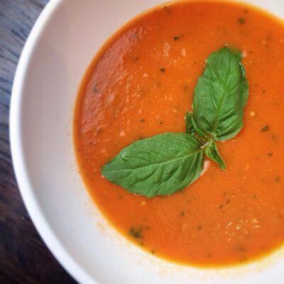 Томатный суп на курином бульоне - рецепт с фото