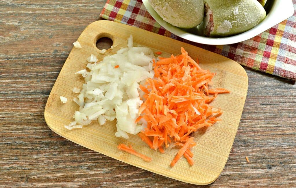 Фото рецепта - Замороженные фаршированные перцы в мультиварке - шаг 2