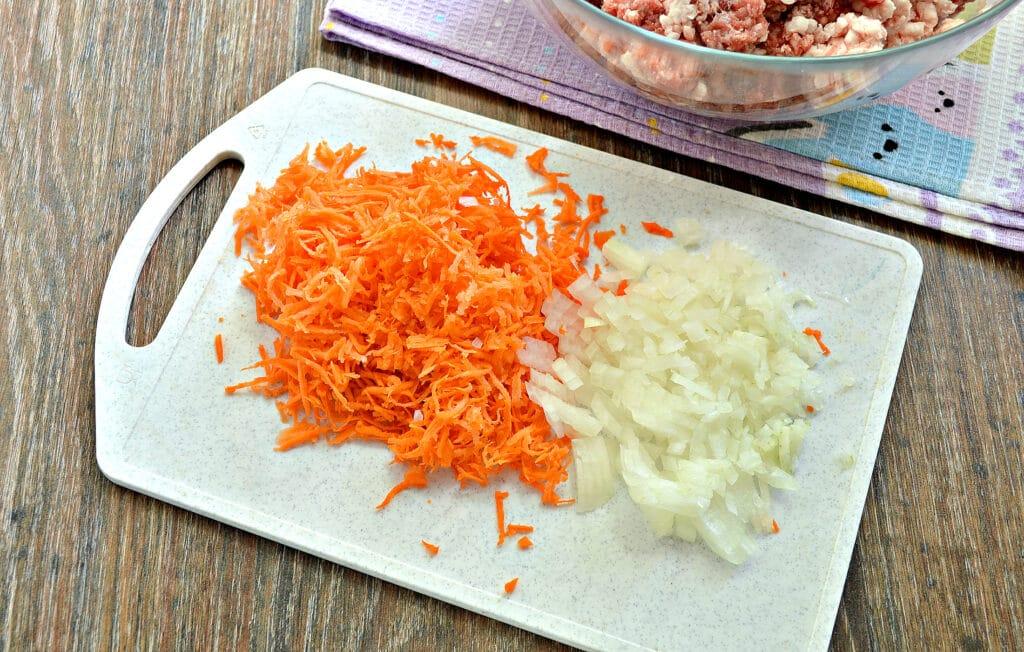 Фото рецепта - Сочная начинка для фаршировки перцев - шаг 3