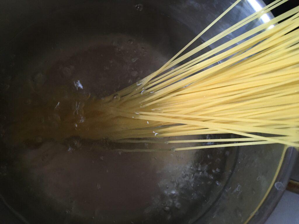 Фото рецепта - Холодное спагетти с горчицей и вином - шаг 2