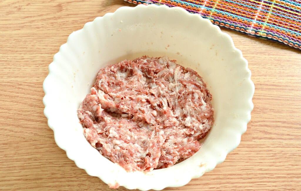 Фото рецепта - Домашние пельмени со смешанным фаршем - шаг 4