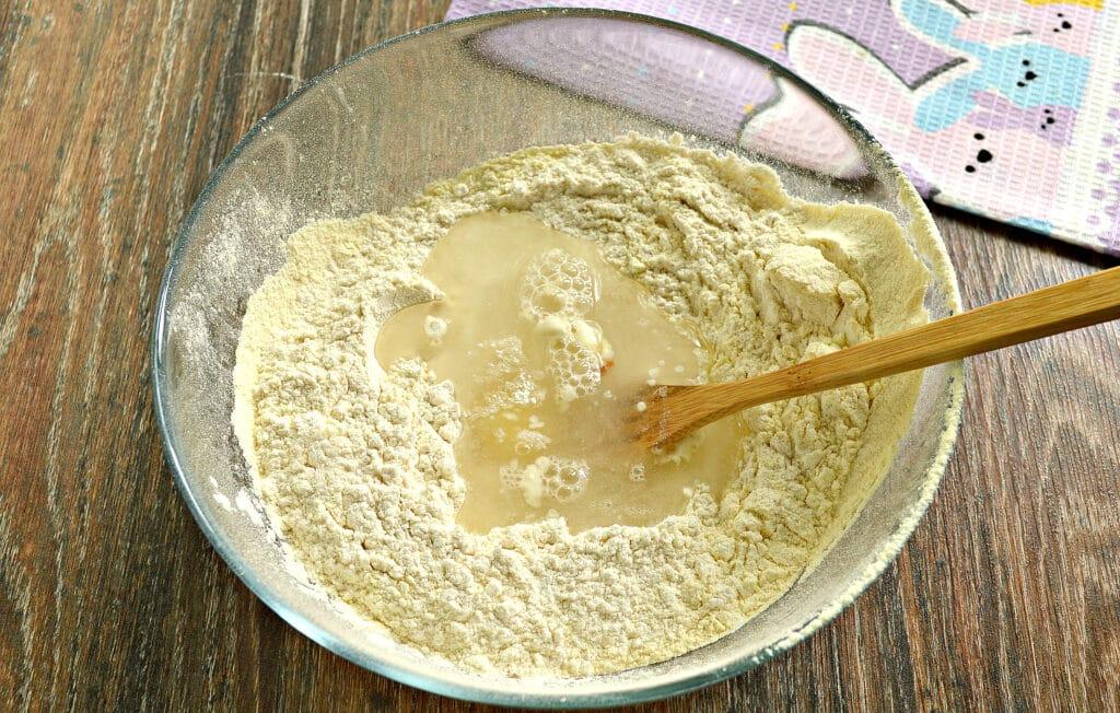 Фото рецепта - Классическое тесто для мантов - шаг 4