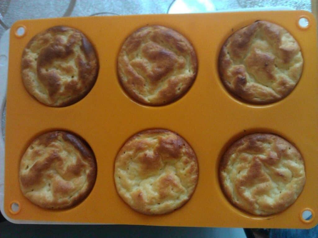Фото рецепта - Сырники в духовке - шаг 5