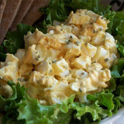 Вкусный яичный салат для бутербродов - рецепт с фото