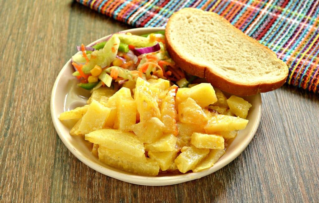 Фото рецепта - Картофель с майонезом в мультиварке - шаг 6