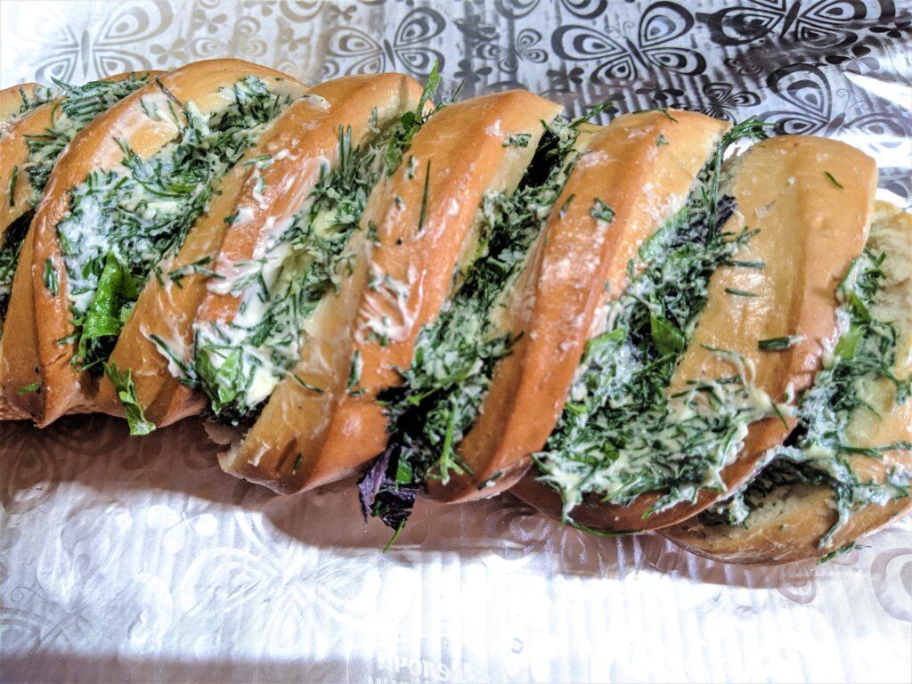 Фото рецепта - Оригинальный хлеб с чесноком и сыром - шаг 6