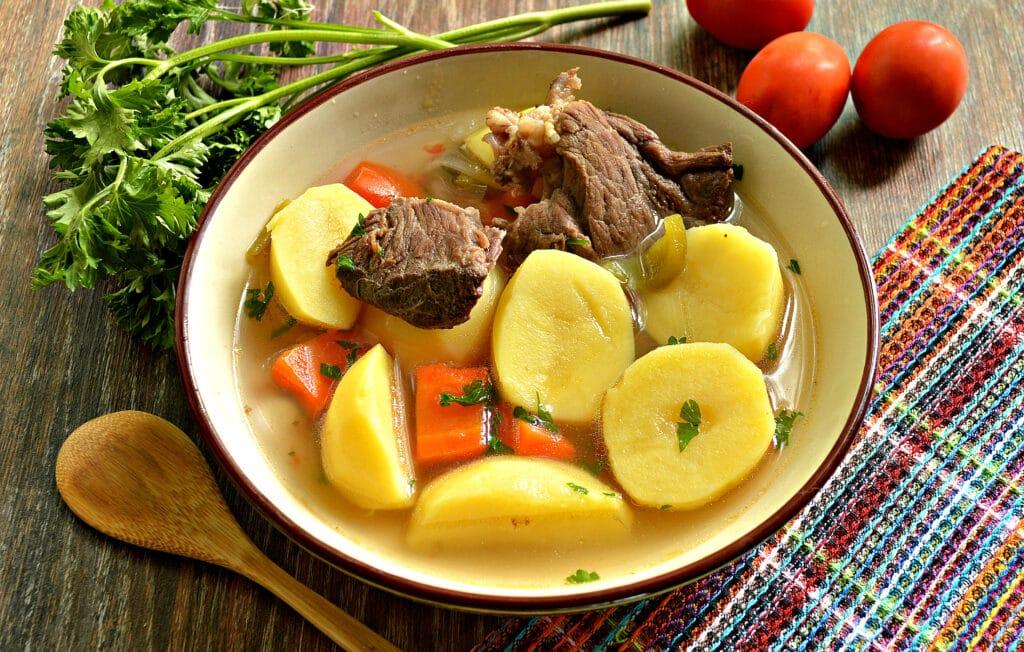 Фото рецепта - Шурпа с говядиной в мультиварке - шаг 7