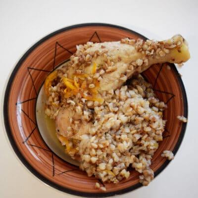 Куриные ножки с гречкой в мультиварке - рецепт с фото