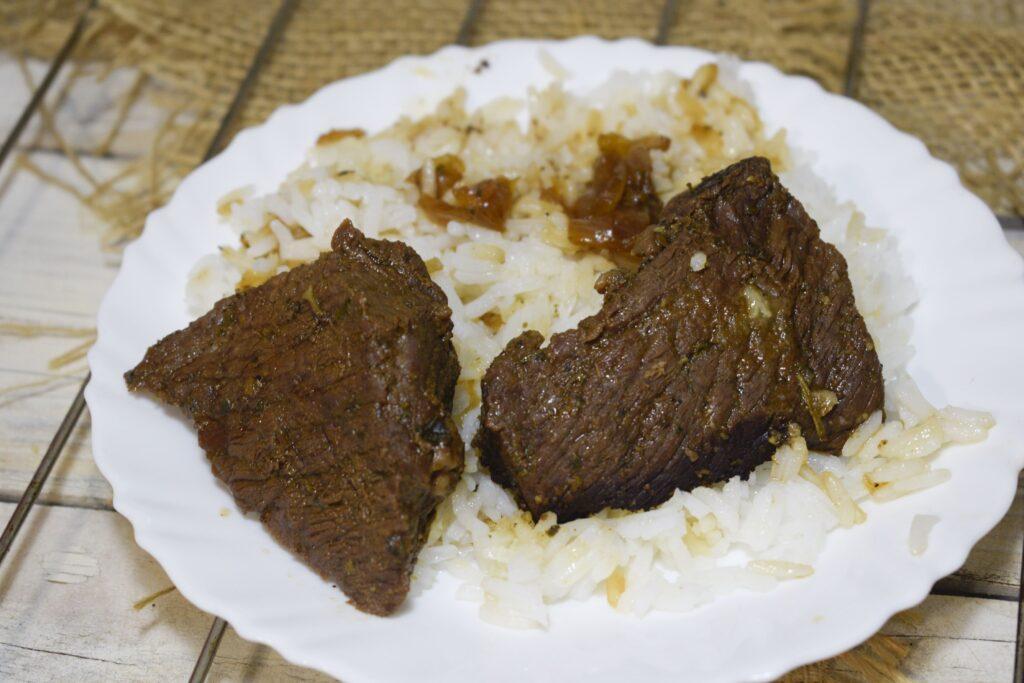 Фото рецепта - Сочная мягкая говядина, запеченная в рукаве в духовке - шаг 6