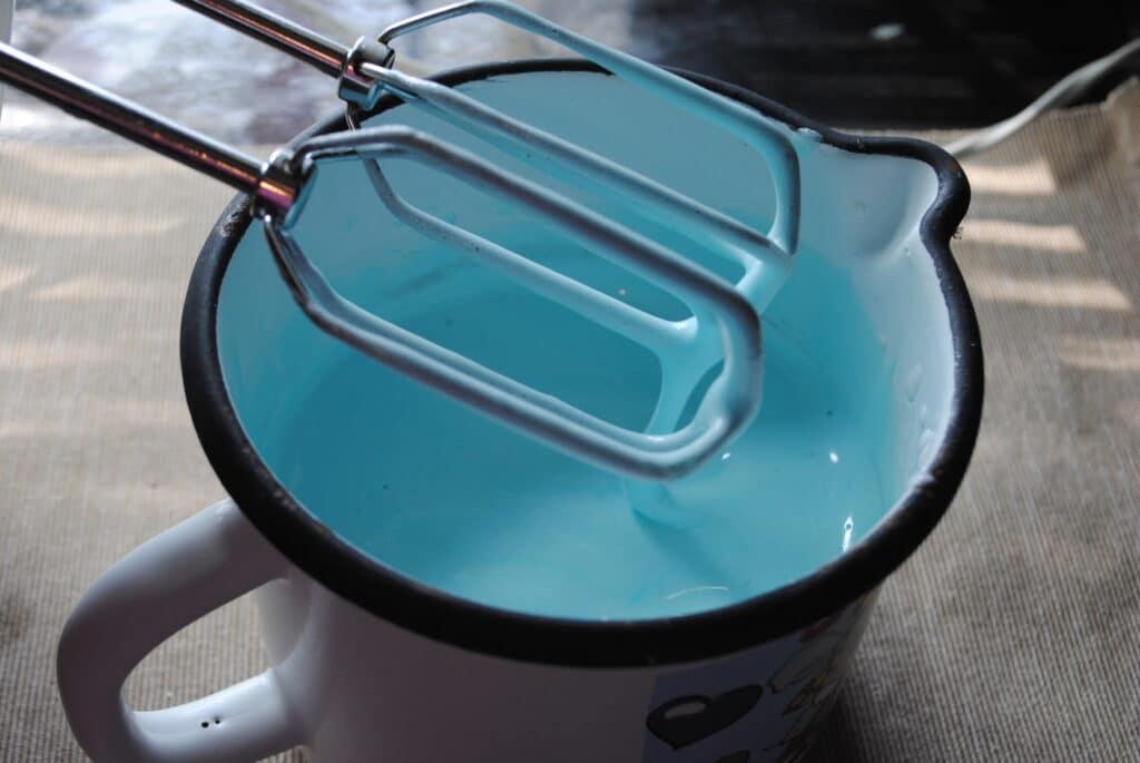 Фото рецепта - Глазурь для куличей без белка - шаг 5