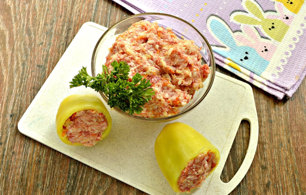 Фото рецепта - Сочная начинка для фаршировки перцев - шаг 8