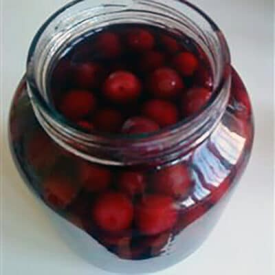 Маринованная вишня и вишневый уксус - рецепт с фото