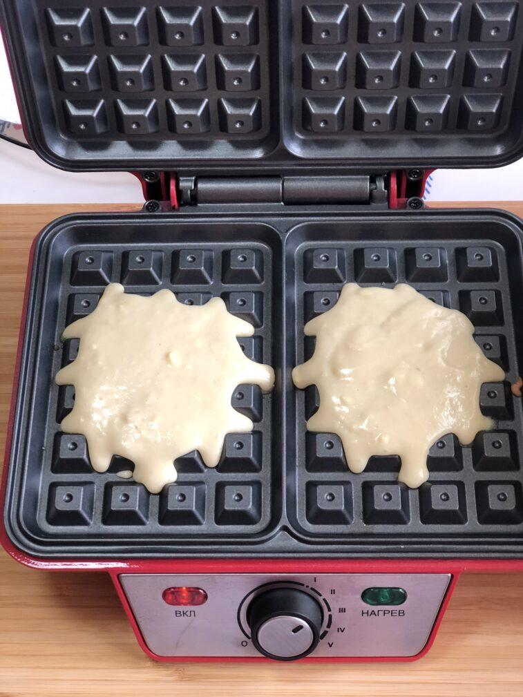 Фото рецепта - Венские вафли на молоке - шаг 8