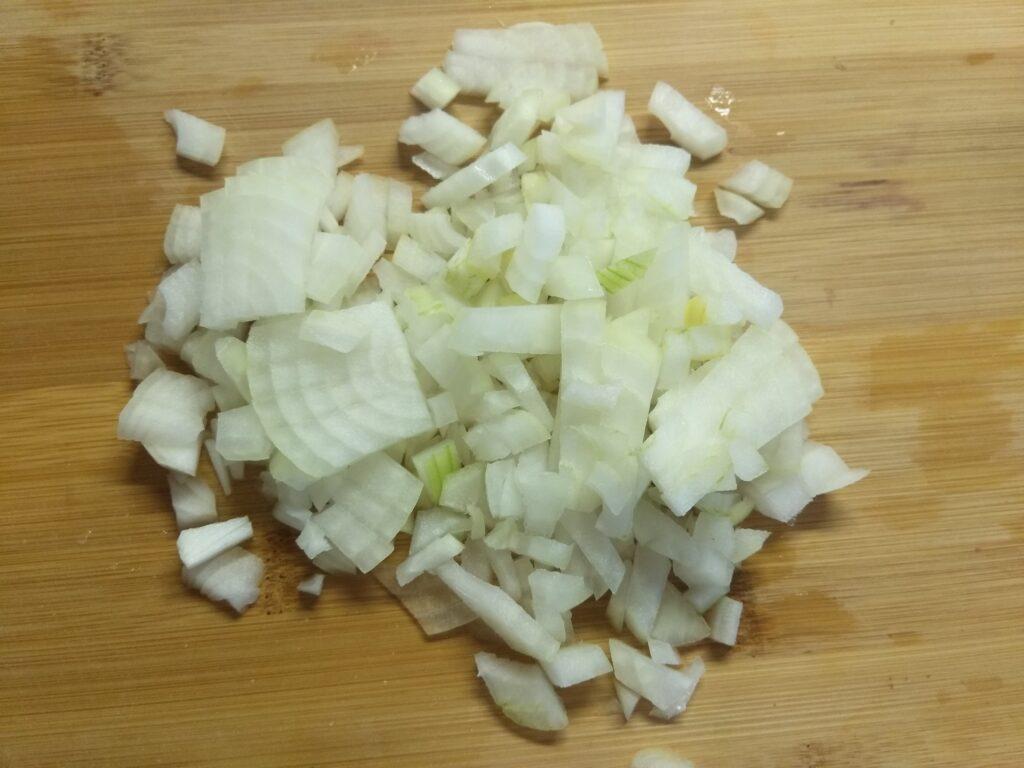 Фото рецепта - Гороховый суп с сосисками - шаг 3