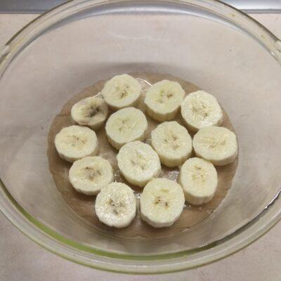 Фото рецепта - Шоколадный кекс с бананами в микроволновке - шаг 5