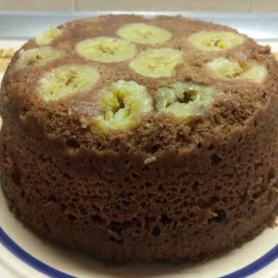 Фото рецепта - Шоколадный кекс с бананами в микроволновке - шаг 6