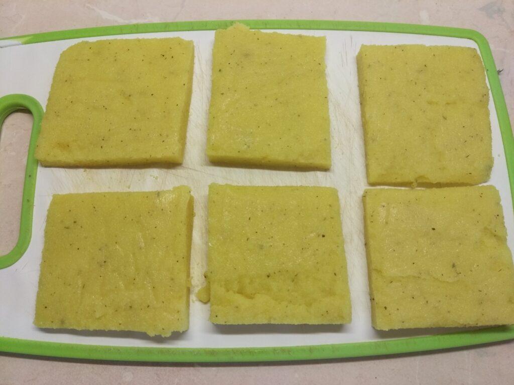 Фото рецепта - Манная запеканка с сардинами - шаг 5
