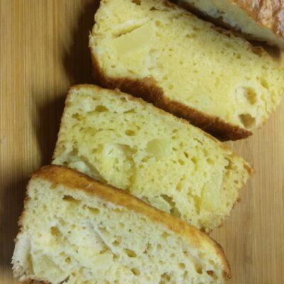 Кекс с консервированными ананасами - рецепт с фото
