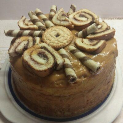 Быстрый торт на молоке со сгущенкой - рецепт с фото