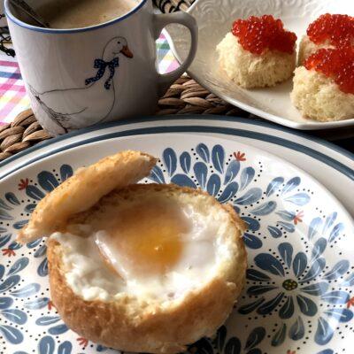 Яичница в булочке (запеченная) - рецепт с фото