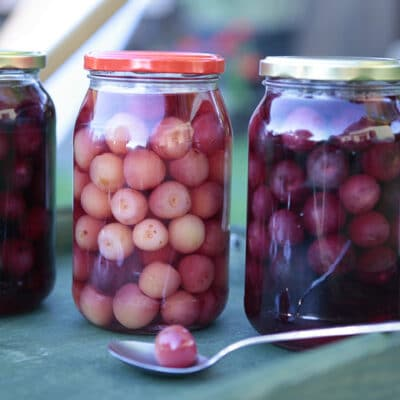 Консервированная вишня + компот - рецепт с фото